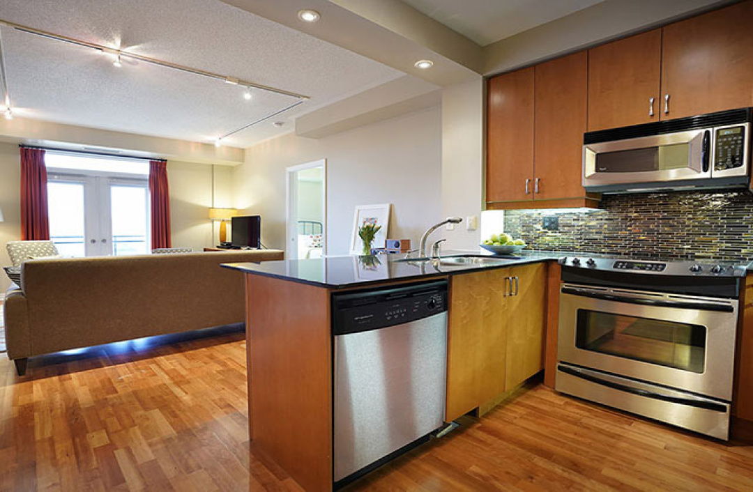 245 Dalesford Ave #405, Etobicoke, 2 Rooms Rooms,2 BathroomsBathrooms,Condo,For Sale,Dalesford Ave #405,1021